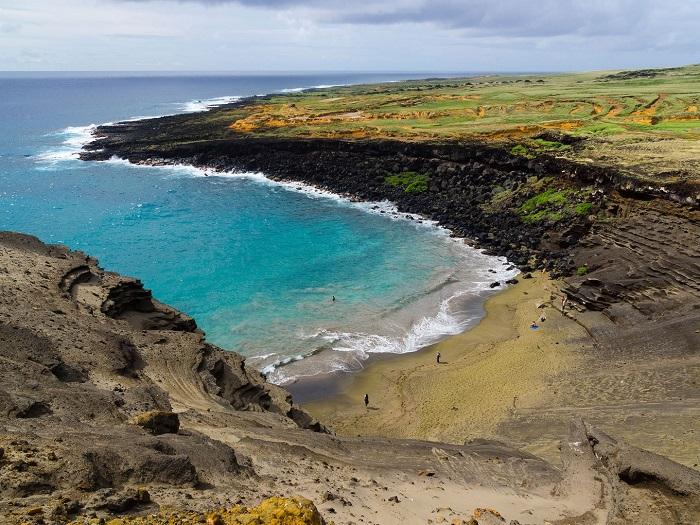 papakolea-beach-kau-hawaii