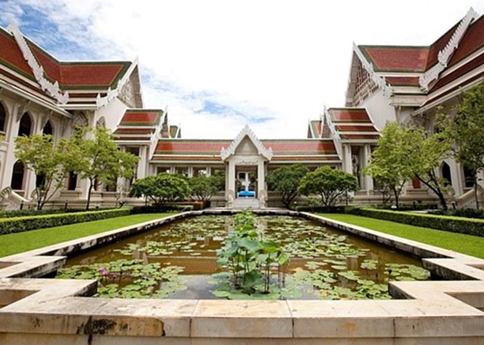 อาคารเทวาลัย คณะอักษรศาสตร์ - จุฬาลงกรณ์มหาวิทยาลัย