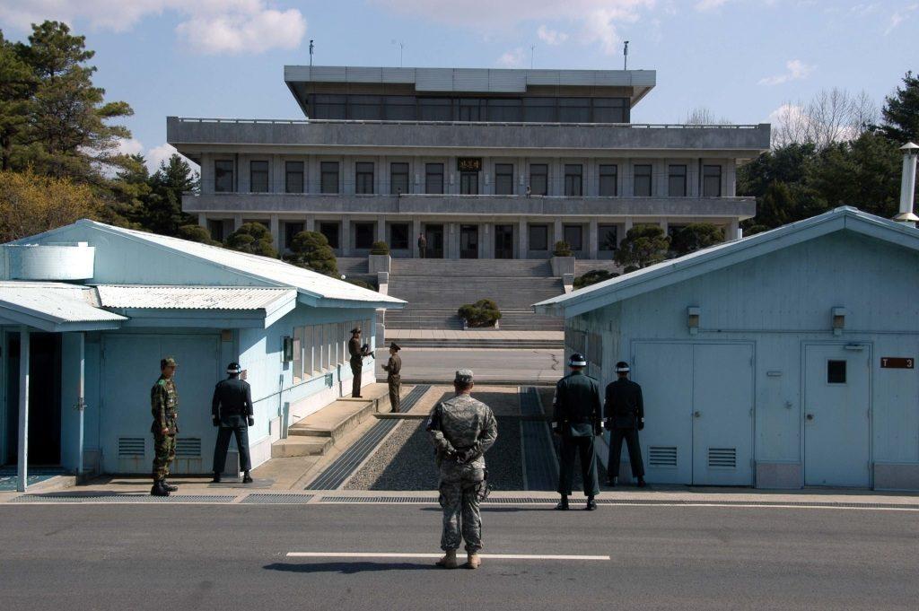 พรมแดนเกาหลีเหนือ-เกาหลีใต้