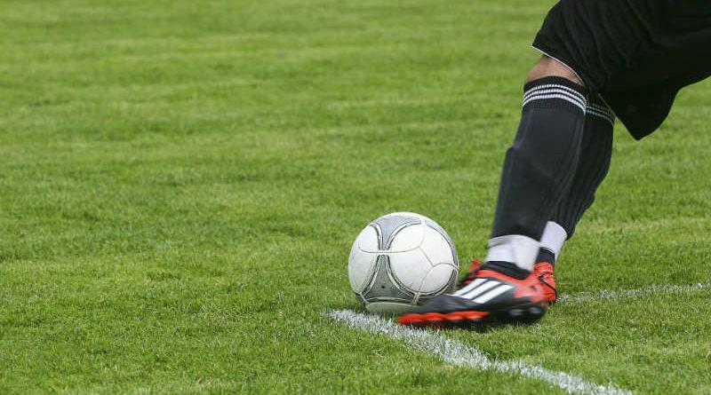 สโมสร ฟุตบอล, ฟุตบอล