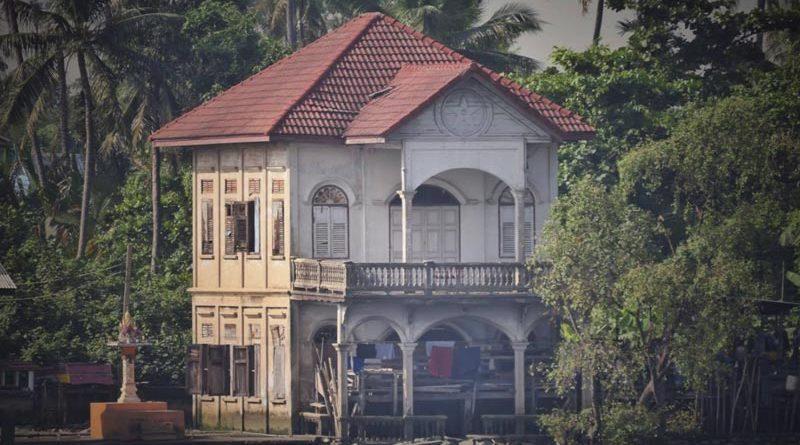 บ้านริมเจ้าพระยา-ตรงข้ามวัดปริวาส-พระราม-3-ถ่ายถาพ-Kidanan-Suchinai-Ngamdeevilaisak