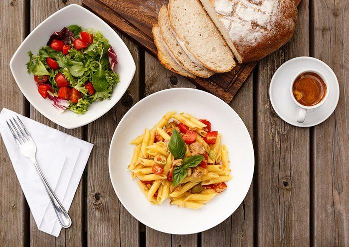 อิตาลี-มื้อเที่ยง