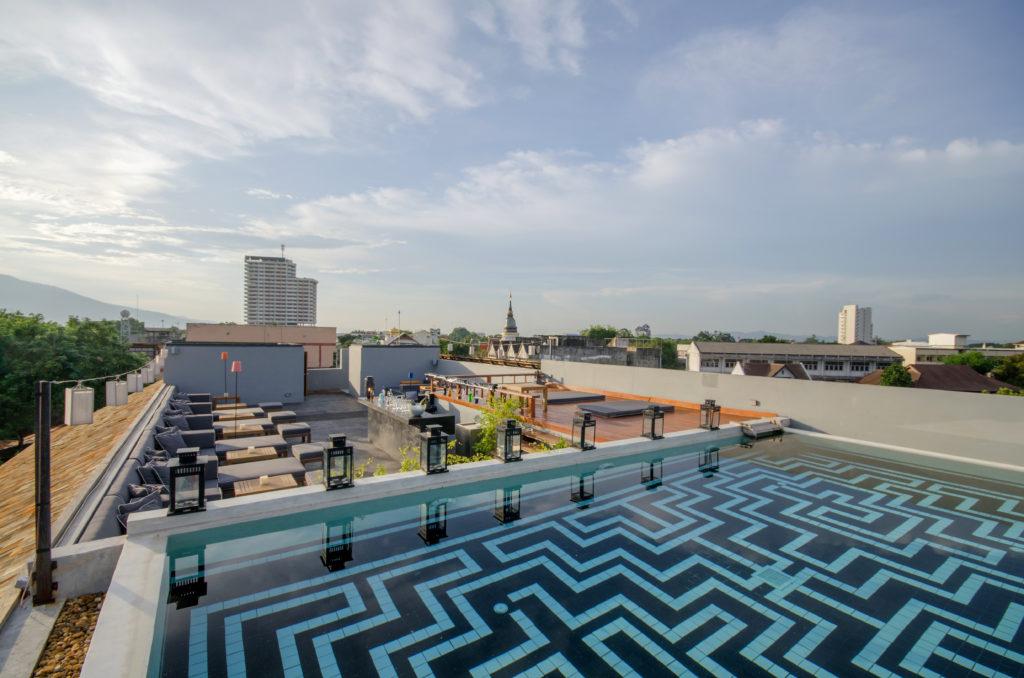 Sala Lanna roof top bar2
