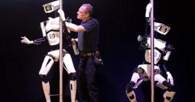 หุ่นยนต์โคโยตี้ก็มา! 4 เรื่องแปลกที่มนุษย์ เคยใช้ให้หุ่นยนต์ทำ