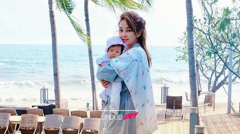"""""""แม่ชอบทะเลที่สุด"""" เป้ย ปานวาด เปลี่ยนสถานที่เลี้ยงลูก ฉลองน้องปาลินอายุครบ 3 เดือน"""